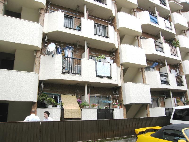 Квартира в японии купить недорого жилье греция родос